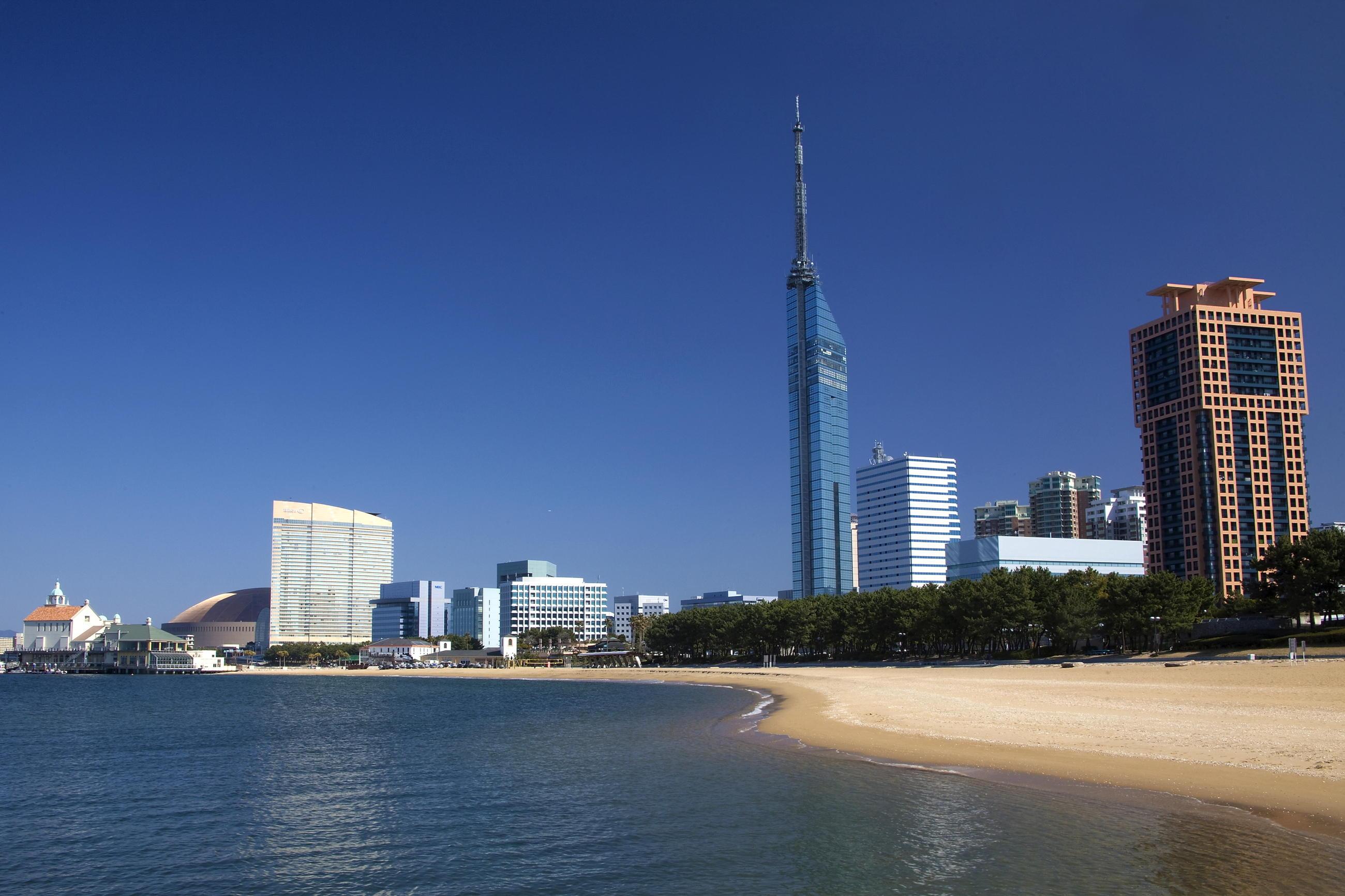 fukuoka_beach.jpg